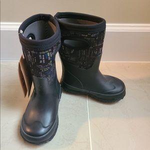 Bogs rain boots boys multiple sizes black NWT